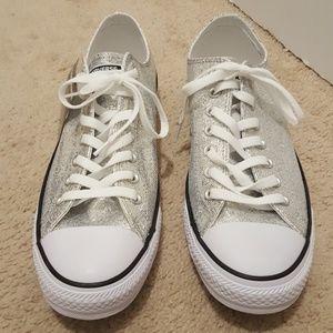 Converse silver metallic sneaker unisex 10/12 New